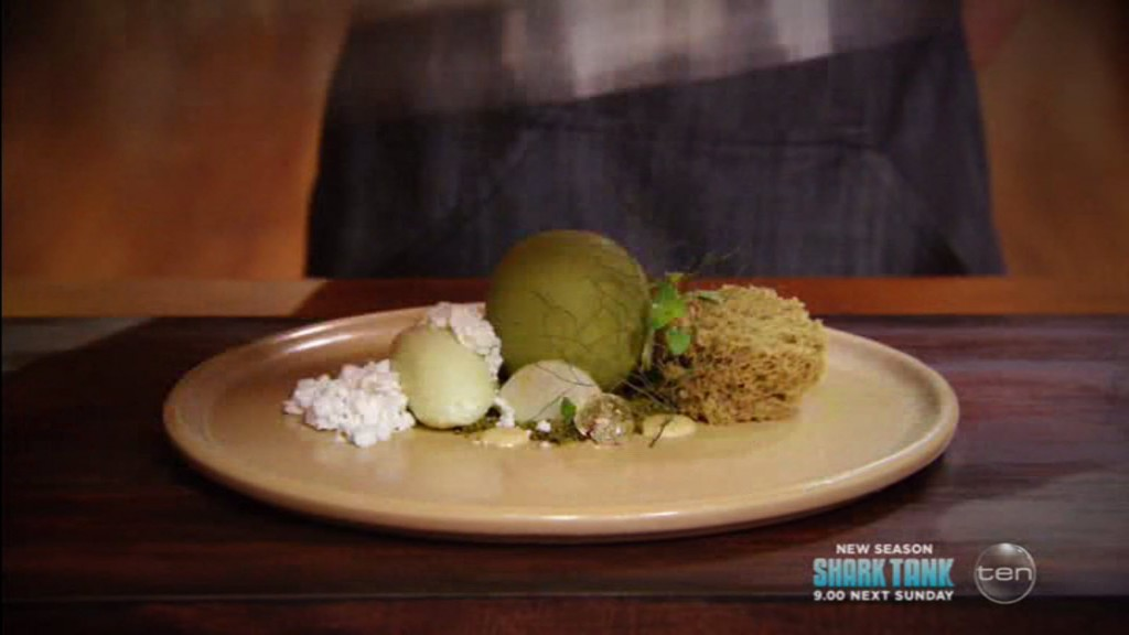 Reynold's dessert creation - looks like spheres and soda siphon microwave sponge are still trendy.